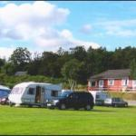 Riverside Chalets and Caravan Park
